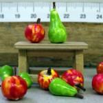Krippenzubehör, Schemel, Obst